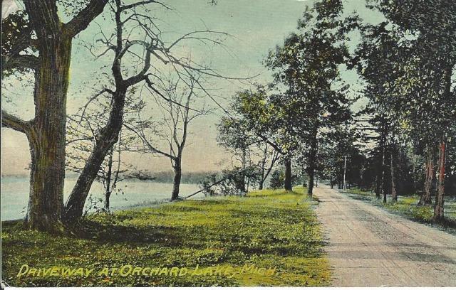 DrivewayOrchardLake1912_2